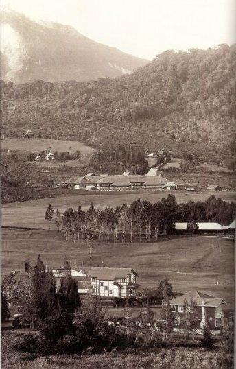 brastagicamp - Brastagi Camp