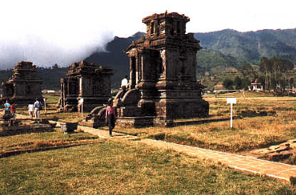dieng plateau1 - Jogyakarta with Temples