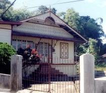 kota gadang brown house - Kota Gadang
