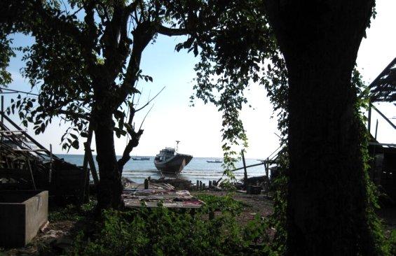 Sulawesi Buginese Boat