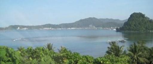 west sumatra harbour 512x2152 - Padang